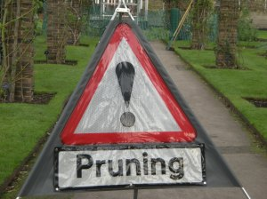 Pruning sign