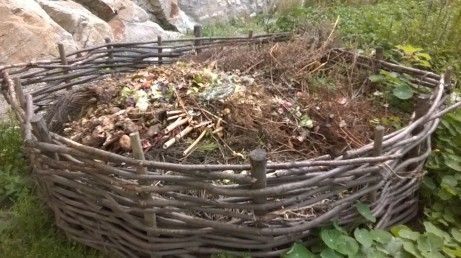 Wicker compost bin